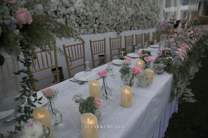 The Wedding of Hendra & Kristy by PlanMyDay Wedding Organizer - 006