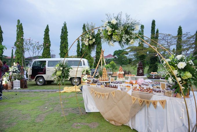 Wedding of Hendry & Audrey - Jardin Sweet Corner by BUKIT DARMO GOLF SURABAYA - 001