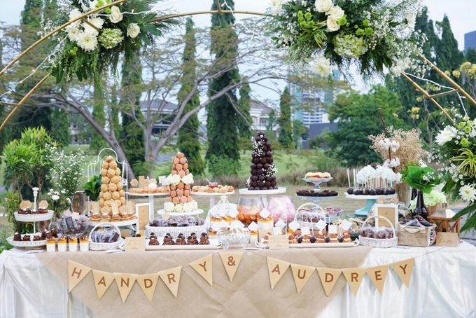 Wedding of Hendry & Audrey - Jardin Sweet Corner by BUKIT DARMO GOLF SURABAYA - 003