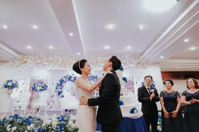 Receptions of Hendry & Kartika by Kayika Wedding Organizer - 009
