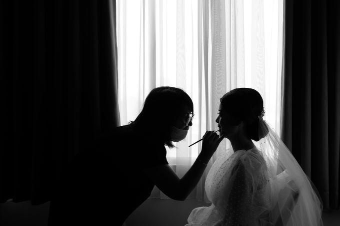 Morning Preparation of Hendry & Kartika by Kayika Wedding Organizer - 003