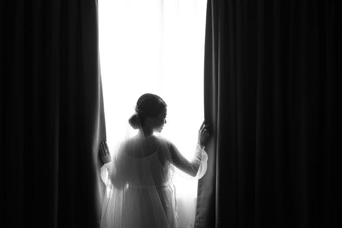 Morning Preparation of Hendry & Kartika by Kayika Wedding Organizer - 001