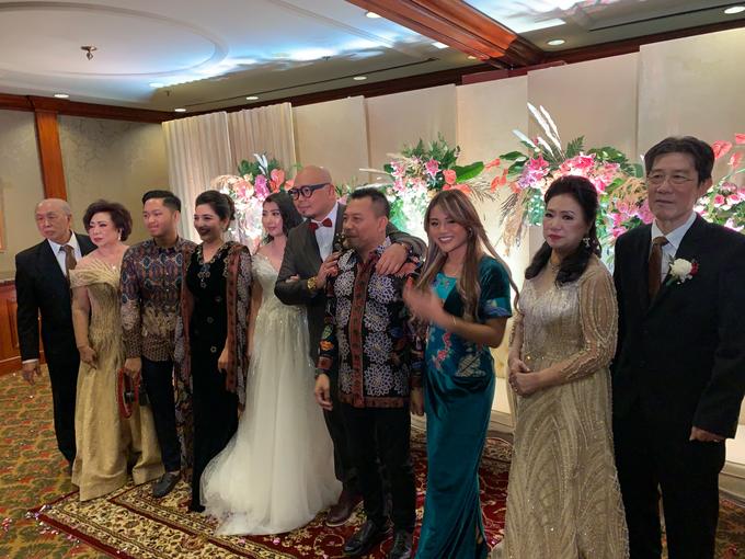 Intimate Wedding - Yansen & Riana by Yansen Setiawan Photography - 002