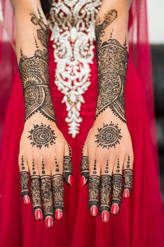 Henna Tatto by Roti Daal - Vegan & Vegetarian Indian Food - 005