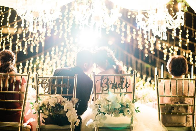 Elegant Wedding Decoration with the mix of blush and ivory at The Ritz Carlton by Silverdust Decoration - 022