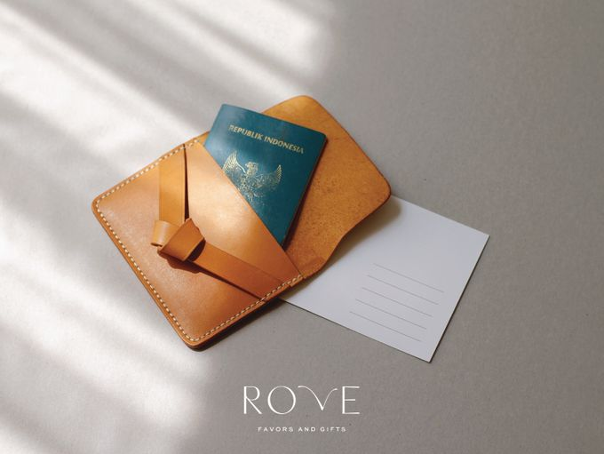 Heru & Rachel - Custom Gift Set by Rove Gift - 003