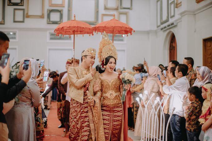 Balinese Wedding of Krishna & Bunga by Hexa Images - 031