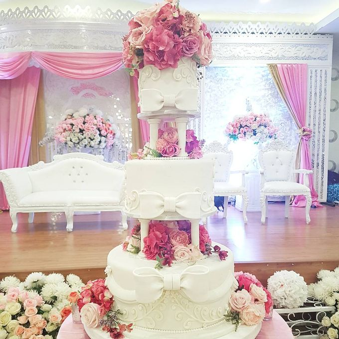 3 Tiers by Amor Cake - 013