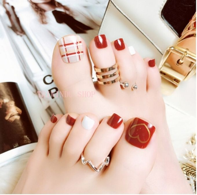 nail art- 24 pcs kuku kaki palsu dengan motif stripe merah dan love love by Triwindu shop - 001