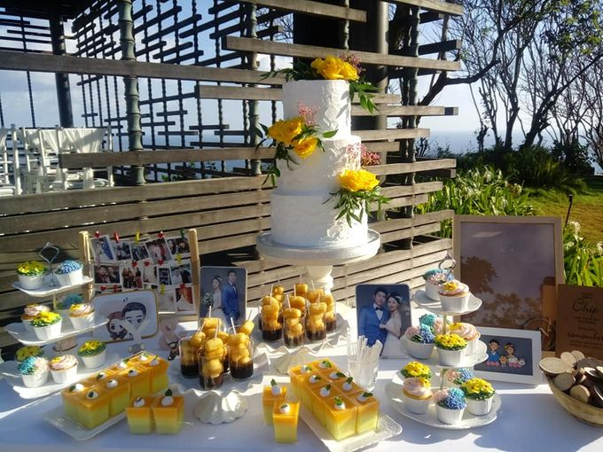 Wedding Cake Project at Alila Villas Uluwatu by Henny Cookies and Cakes, Bali - 001