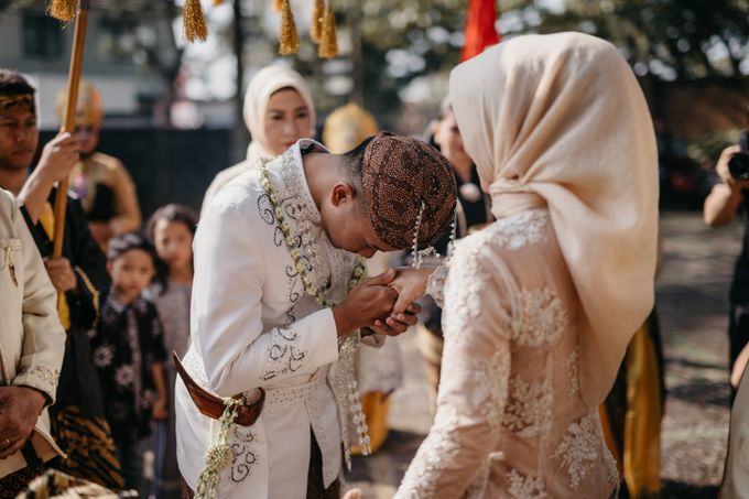 Putri & Bondan Wedding by Hieros Photography - 020
