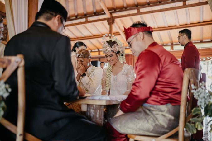 Putri & Bondan Wedding by Hieros Photography - 023