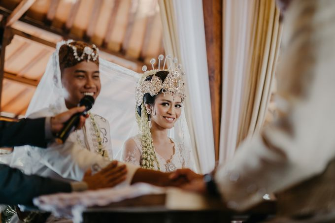 Putri & Bondan Wedding by Hieros Photography - 025