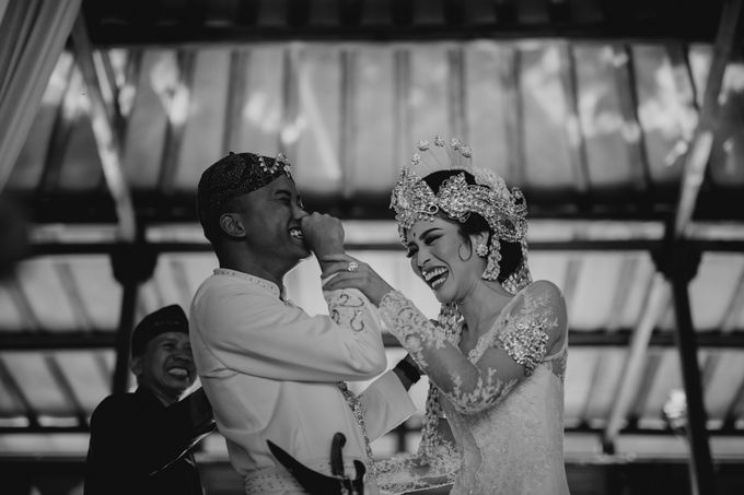 Putri & Bondan Wedding by Hieros Photography - 027