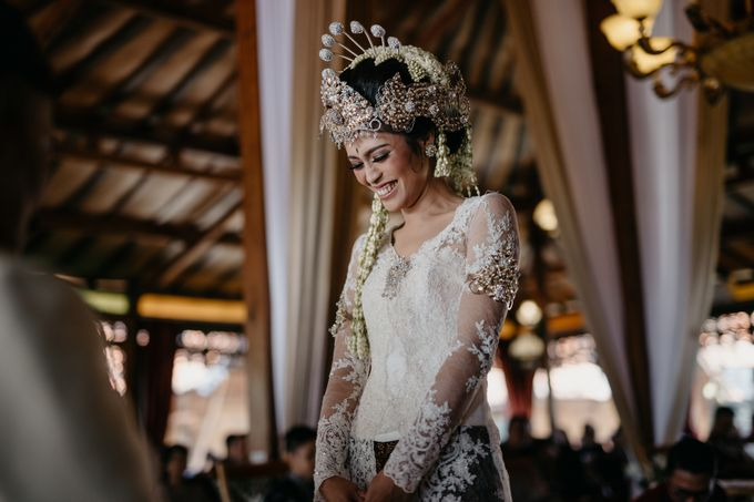 Putri & Bondan Wedding by Hieros Photography - 030