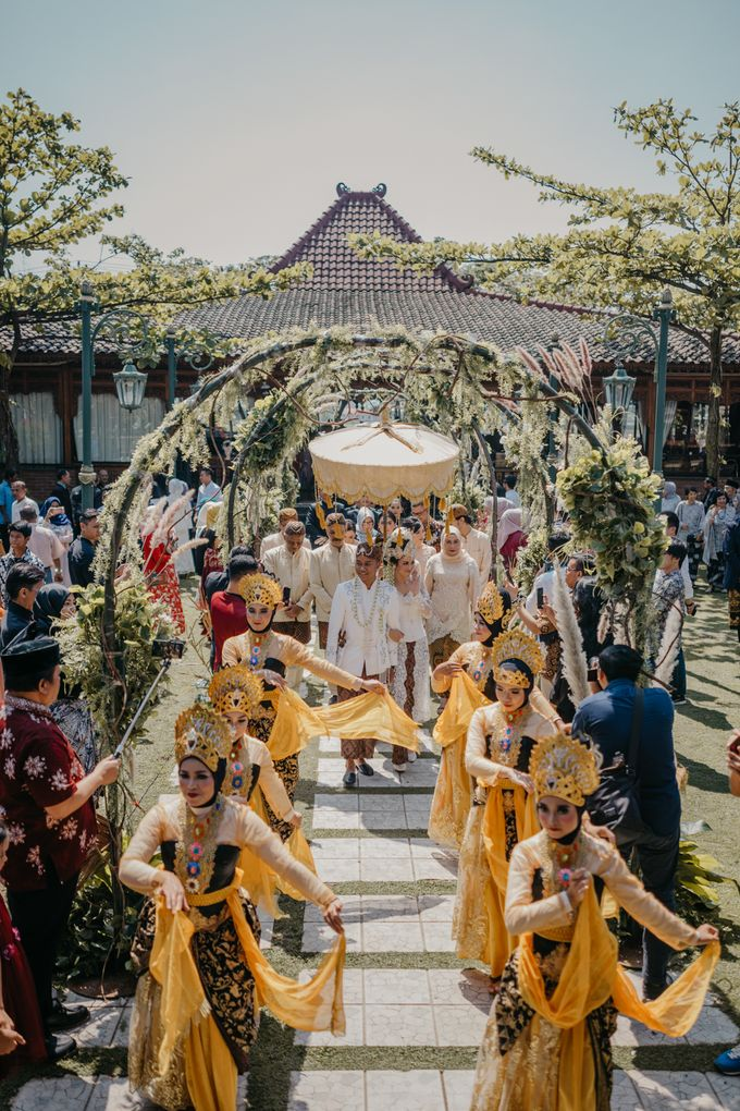 Putri & Bondan Wedding by Hieros Photography - 032