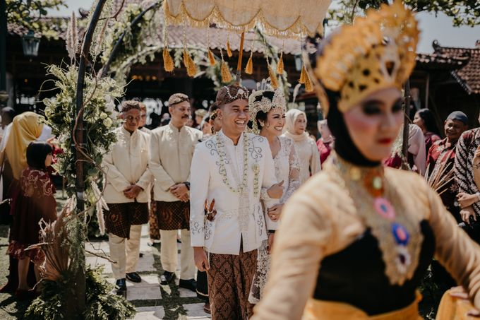 Putri & Bondan Wedding by Hieros Photography - 033