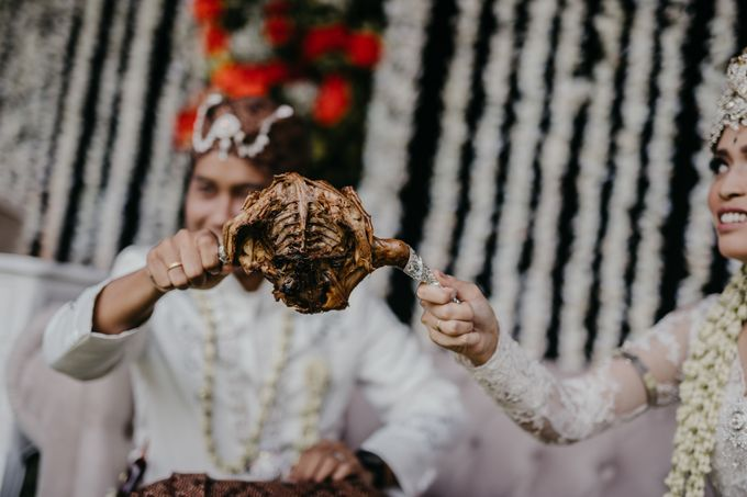 Putri & Bondan Wedding by Hieros Photography - 034