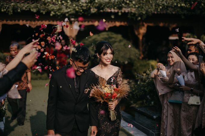 Putri & Bondan Wedding by Hieros Photography - 041