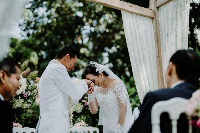 Tania & Dono Wedding by Hieros Photography - 025