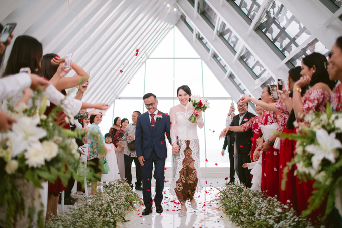 The Wedding of Mikha & Angie by Historia Wedding Planner - 011