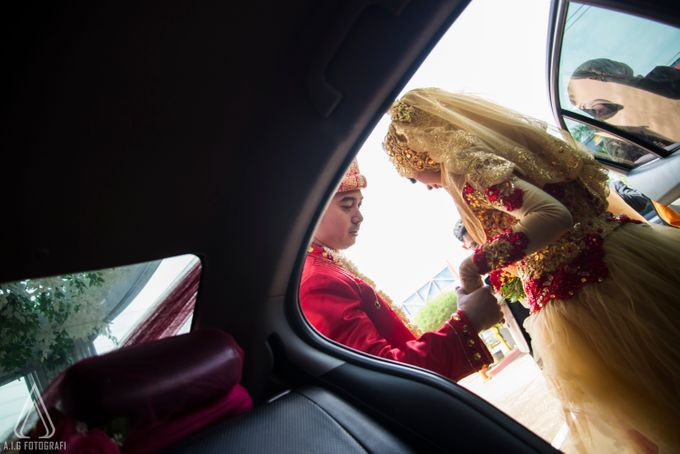 Wedding Of Tutut And Melson by AIG FOTOGRAFI - 007