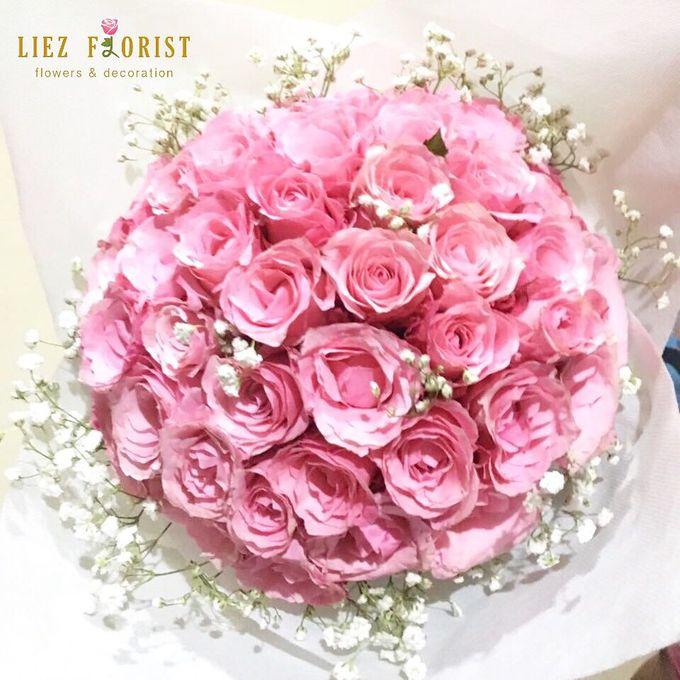Valentine Bouquets by Liez Florist & Decoration - 003