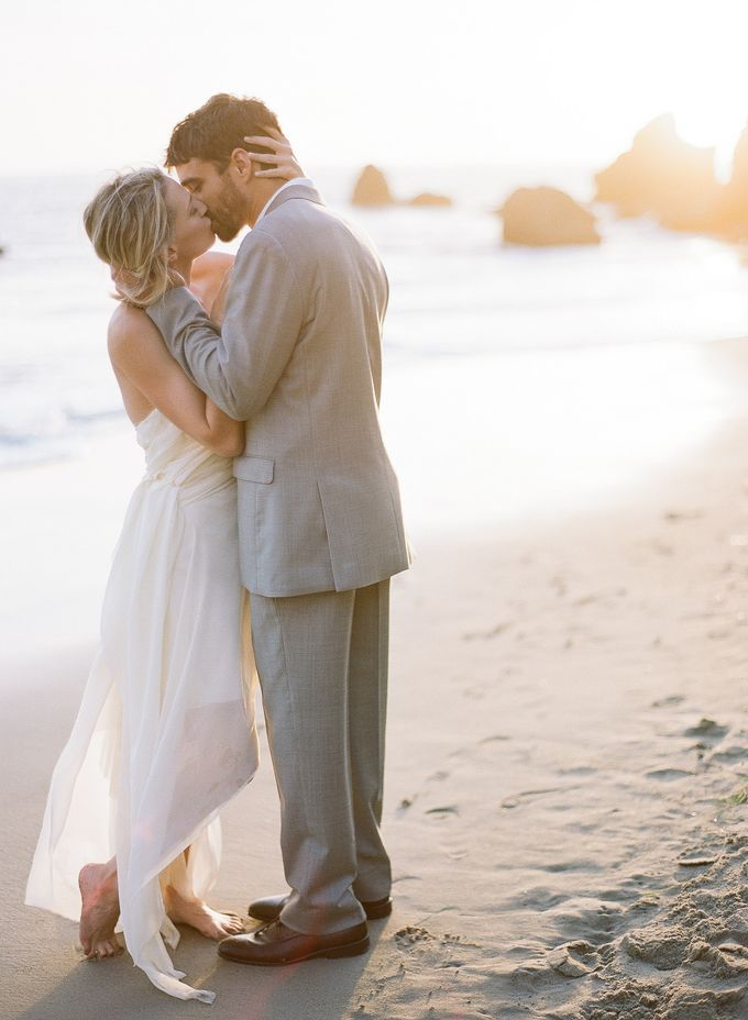 Sunset Elopement Inspiration on Malibu Coast by Honour and Blessing Events - 007