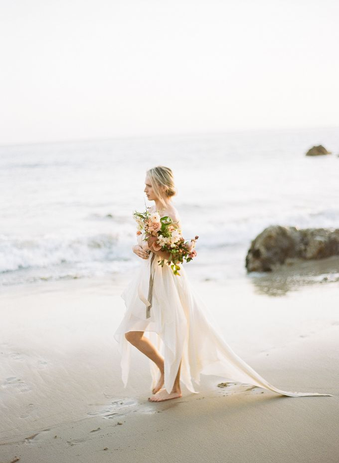 Sunset Elopement Inspiration on Malibu Coast by Honour and Blessing Events - 019