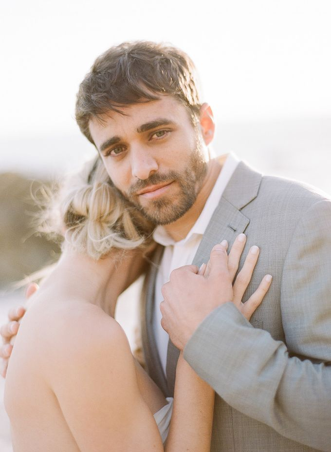 Sunset Elopement Inspiration on Malibu Coast by Honour and Blessing Events - 003