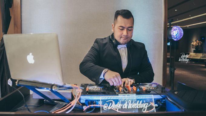 Hyatt OnFive Micro Wedding Dhea & Ramda by diskodiwedding - 002