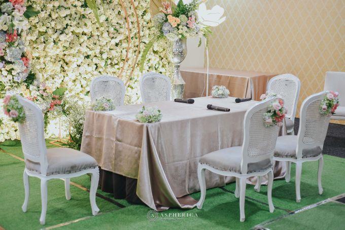 The New Normal Wedding Of Winda & Rizal by HENRY BRILLIANTO - 013