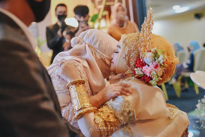The New Normal Wedding Of Winda & Rizal by HENRY BRILLIANTO - 009
