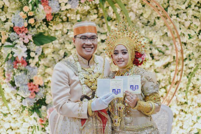 The New Normal Wedding Of Winda & Rizal by HENRY BRILLIANTO - 017