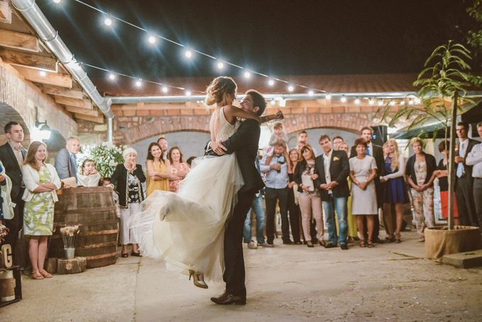 Rustic chic Vintage Wedding by United Photographers - 026