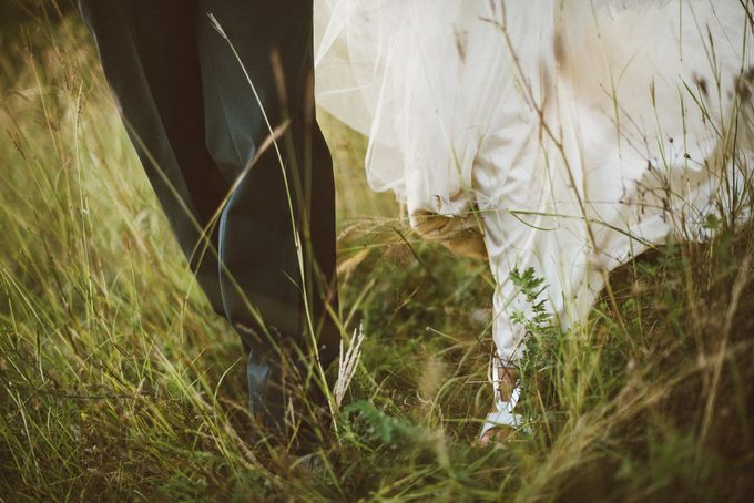 Rustic chic Vintage Wedding by United Photographers - 005