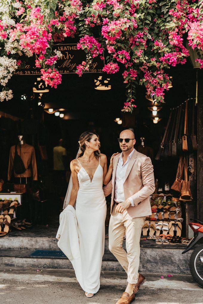 Hoi An destination cozy wedding in the garden of Red Bridge Restaurant by Hipster Wedding - 003