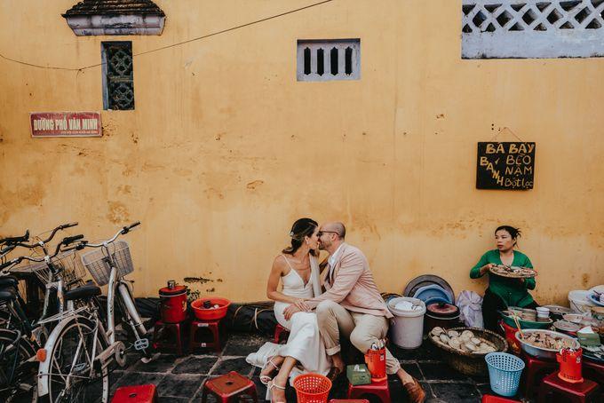 Hoi An destination cozy wedding in the garden of Red Bridge Restaurant by Hipster Wedding - 007
