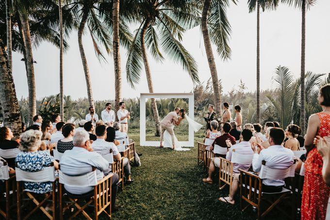 Hoi An destination cozy wedding in the garden of Red Bridge Restaurant by Hipster Wedding - 010