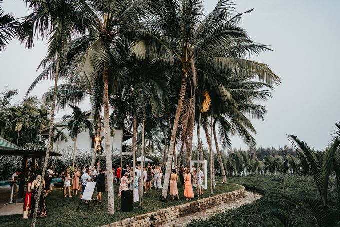 Hoi An destination cozy wedding in the garden of Red Bridge Restaurant by Hipster Wedding - 019