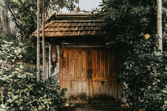 Hoi An destination cozy wedding in the garden of Red Bridge Restaurant by Hipster Wedding - 017