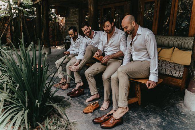 Hoi An destination cozy wedding in the garden of Red Bridge Restaurant by Hipster Wedding - 022