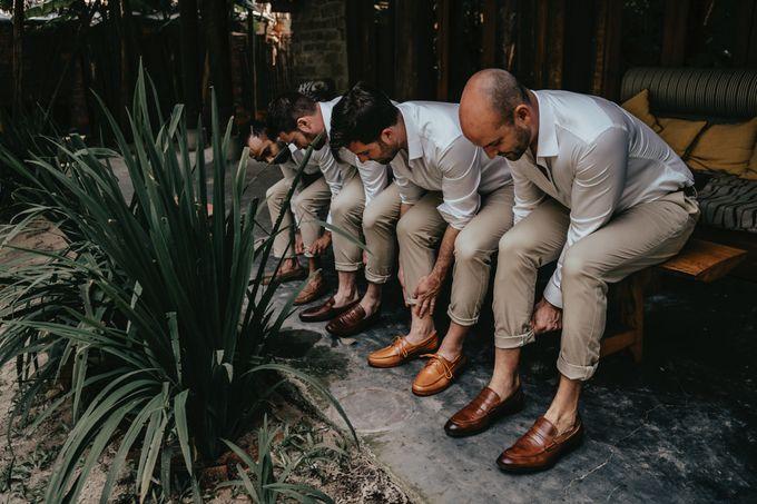 Hoi An destination cozy wedding in the garden of Red Bridge Restaurant by Hipster Wedding - 024