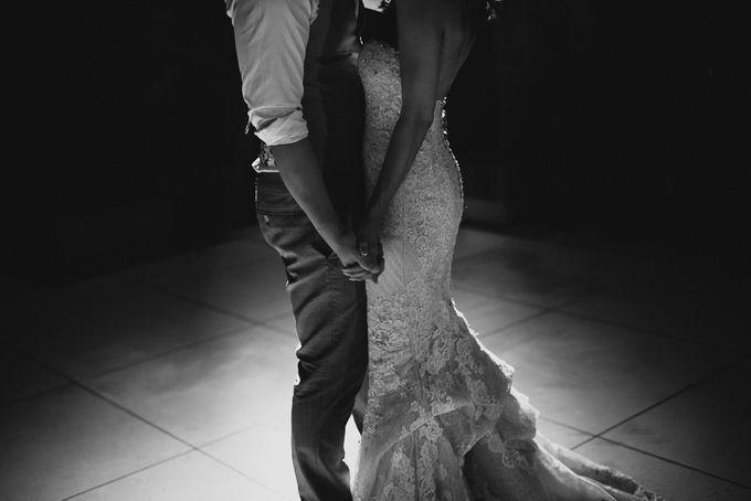 BALI VILLA WEDDING by Maxtu Photography - 044