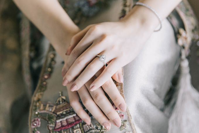 Engagement - Rizky & Jessica by State Photography - 005