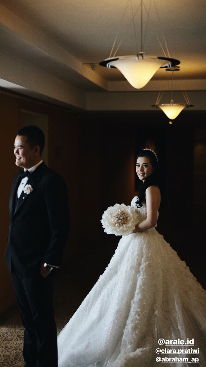 Abraham & Clara tying the knot by Hope Portraiture - 023