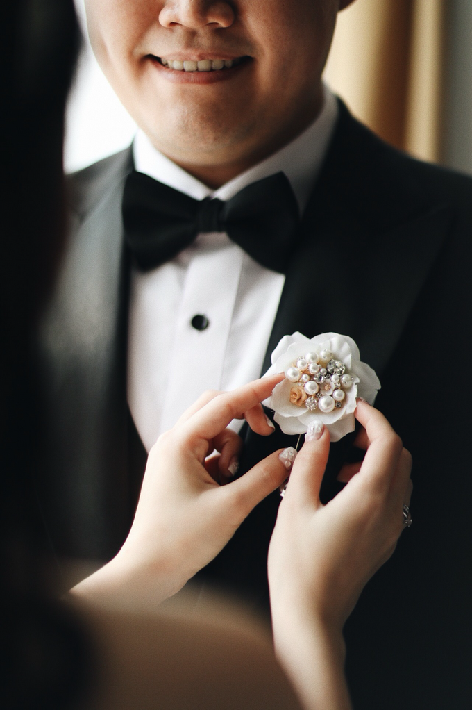 Abraham & Clara tying the knot by Hope Portraiture - 011