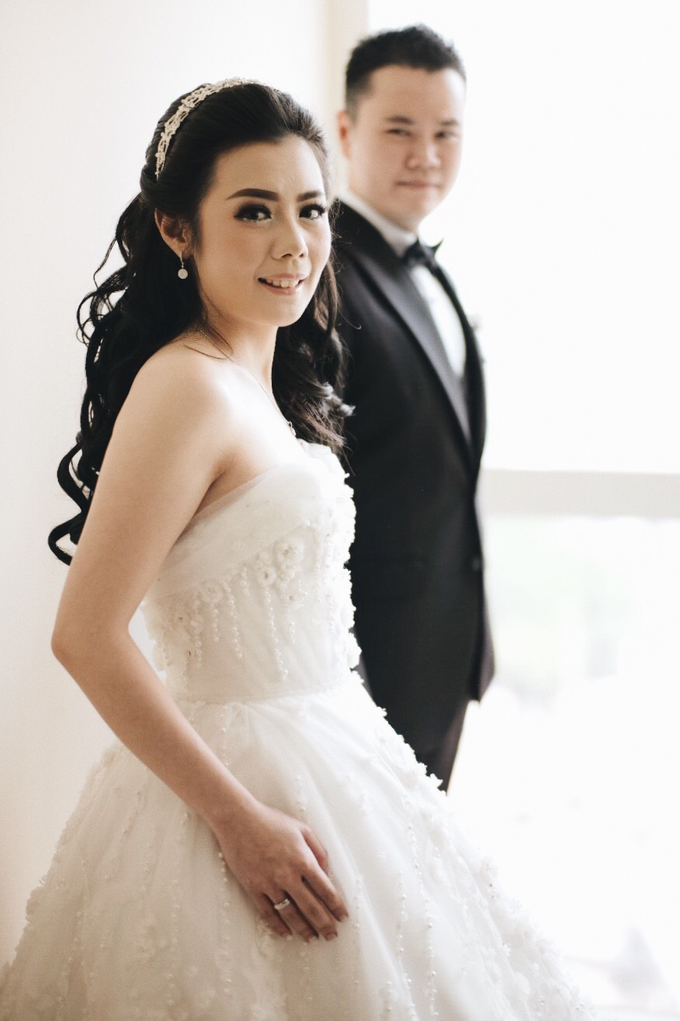 Abraham & Clara tying the knot by Hope Portraiture - 014