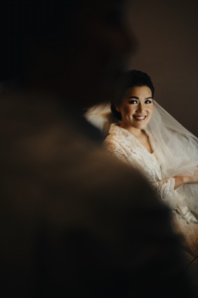 Hendric & Dian tying the knot by Hope Portraiture - 012