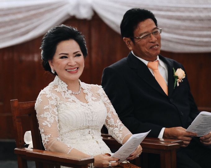 Hendric & Dian tying the knot by Hope Portraiture - 027